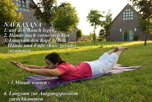 Yogaübung Navgasana