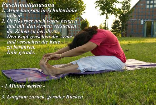 Yogaübung Paschimottanasana