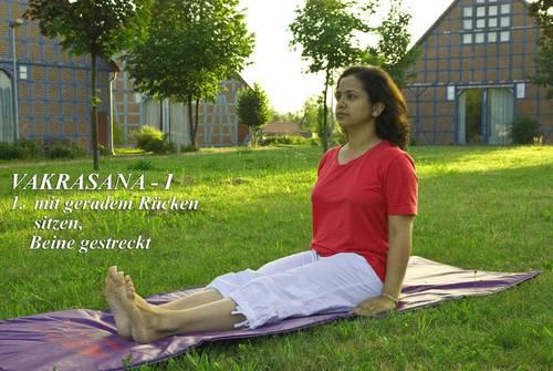 Yogaübung Vakrasan