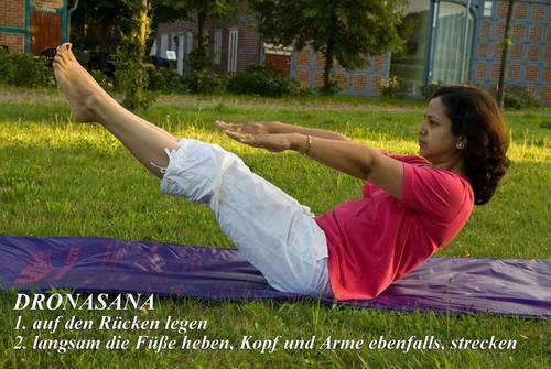 Yogaübung Dronasana